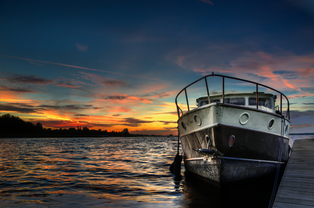 Boat-HDR-free-license-CC0 (1).jpg_medium